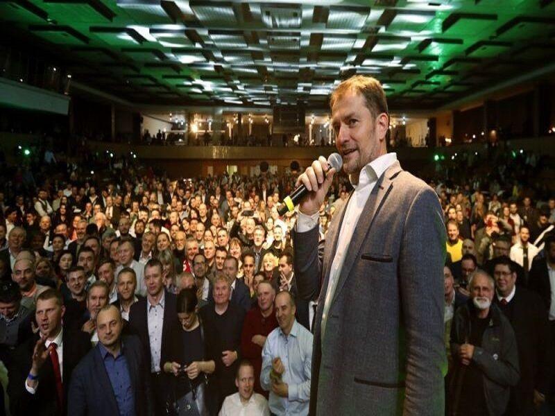 خبرنگاران شکست حزب حاکم اسلواکی در انتخابات پارلمانی
