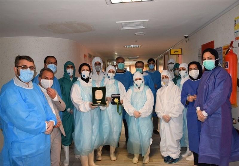 محمدی: قهرمانان واقعی شهرم را در بیمارستان و در مبارزه با کرونا دیدم، تقدیم مدال طلا به پرستاران کوچکترین کاری بود که از دستم برآمد
