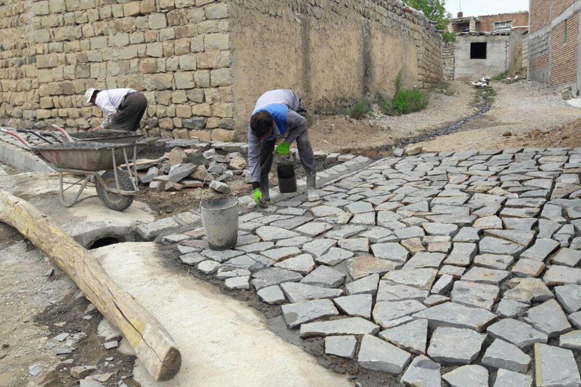 خبرنگاران 500 طرح عمرانی بنیاد مسکن در لرستان اجرا شد
