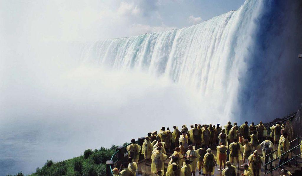 آبشارهای نیاگارا در کجا قرار دارند؟