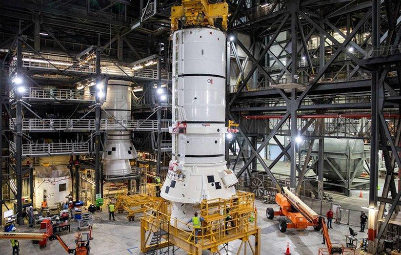 ناسا مونتاژ موشک برنامه بازگشت به ماه آرتمیس را شروع کرد