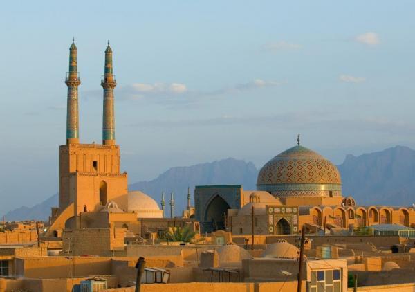 خبرنگاران وزیر میراث فرهنگی گرمخانه مسجد جامع کبیر یزد را افتتاح کرد