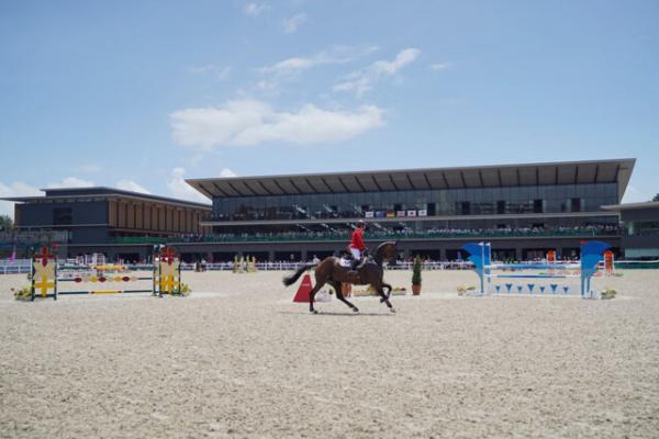 آدینه 19 شهریور زرقان میزبان مسابقات پرش با اسب است